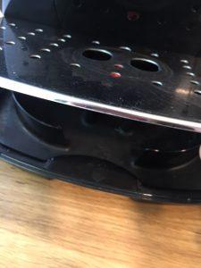 Abnehmbare Bodenplatte der DeLonghi Magnifica S